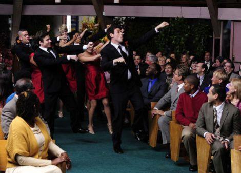 File:Glee-wedding2.jpg