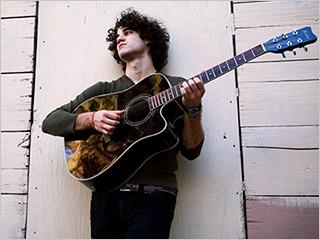 File:Darren-Criss 320.jpg