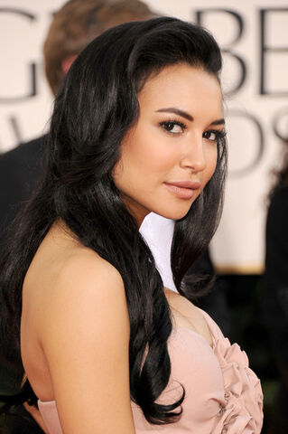 File:Naya Rivera Long Hairstyles Long Curls rXOI8ZP5Dvkl.jpg