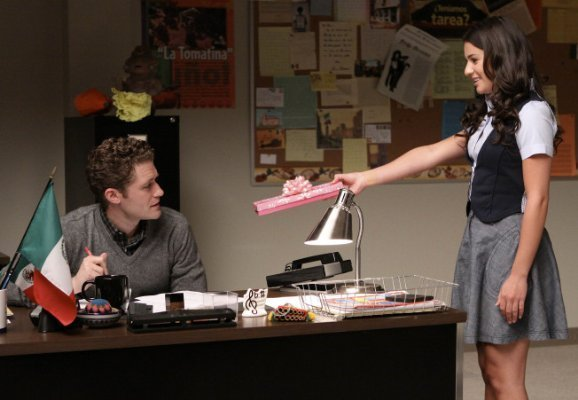 File:Will-and-Rachel-glee-couples-9503648-578-400.jpg