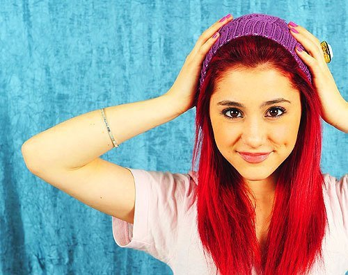 Ariana Grande With Black Hair 2013