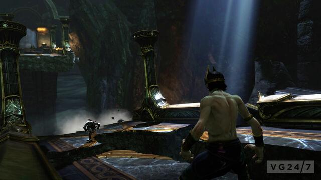 File:Kratos running.jpg