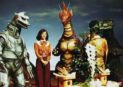 Archivo:Something funny is going on with Godzilla MechaGodzilla Titanosaurus Giant Monsters All-Out Attack, you better check.jpg