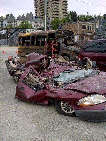 File:Godzilla 2014 Smashed Car 8.jpg