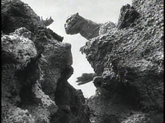 File:Godzilla Raids Again - 3 - Battling.png