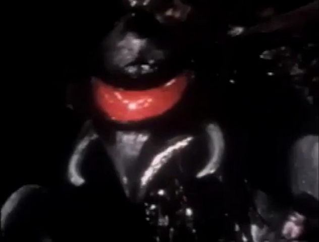 File:Godzilla vs. Megalon 6 - Gigan Appears.png