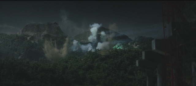 File:Gamera - 3 - vs Gyaos - 15 - Gyaos gets attacked by the military after a failed plan to keep it asleep by keeping lights turned on.png