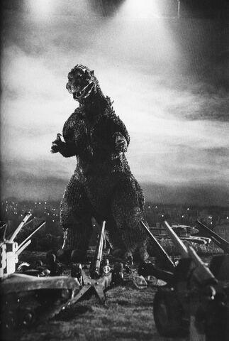 File:G54 - Godzilla and Miniature Tanks On Set.jpg