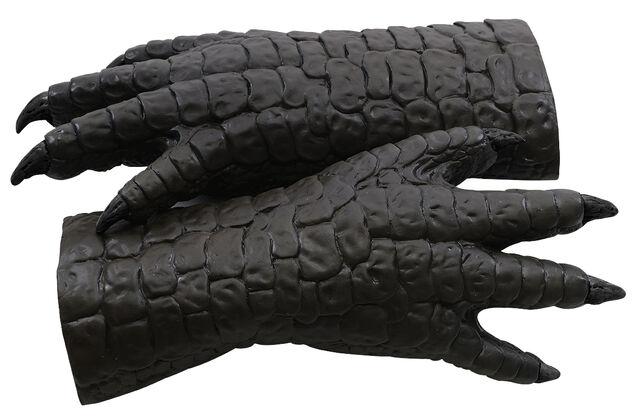 File:Godzilla 2014 Merchandise - Toys - Godzilla Gloves.jpg