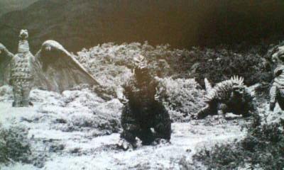 File:Behind Kaiju Soshingeki 1.jpg