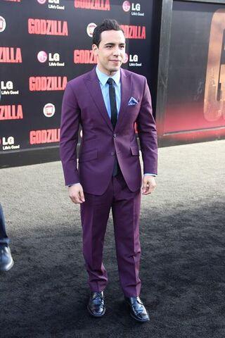 File:Godzilla 2014 Red Carpet 15.jpg