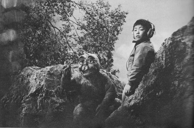 File:AMA - Minilla and Ichiro.jpg