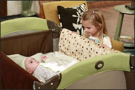 Good-luck-charlie-guys-and-dolls-stills-3