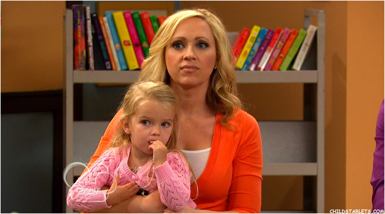 Category:Adults | Good Luck Charlie Wiki | FANDOM powered ...  Category:Adults...