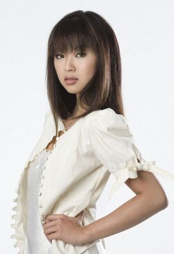 Kati-Farkas-gossip-girl-280987 550 800