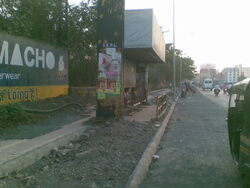 Sinh rd ct - bus stop
