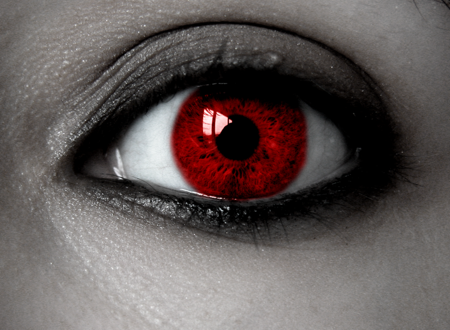 Anime Vampire Red Eyes