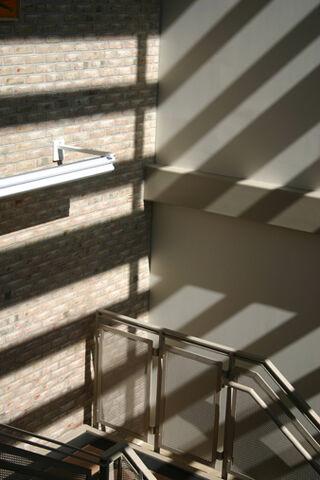 File:Natural-light.jpg