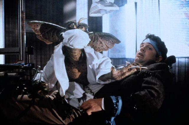 File:Gremlins2 scene 01.jpg