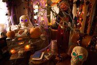 209-Monroe House-Halloween2