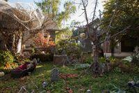 209-Monroe House-Halloween5
