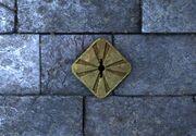 Gold keyhole ig