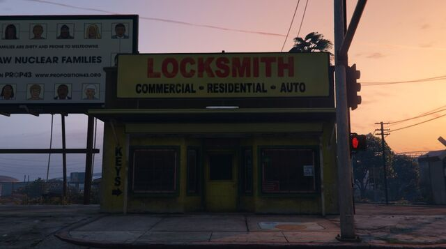 File:Locksmith-Front-GTAV.jpg