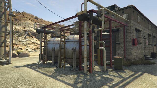 File:Harmony Fuel Depot GTAV Detail.jpg