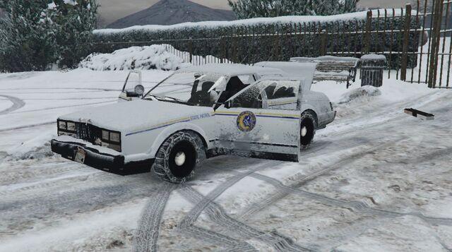 File:PoliceRoadcruiser-GTAV-DamageView.jpg