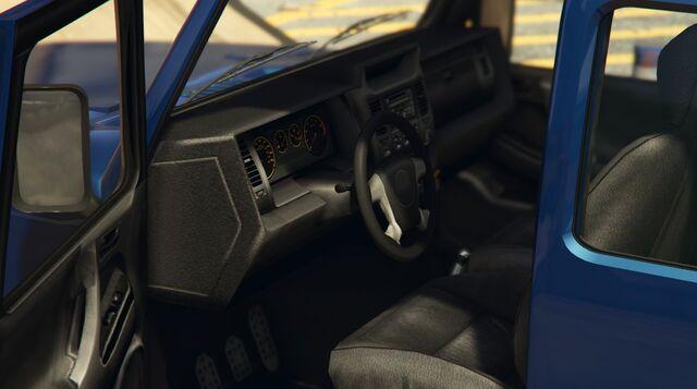 File:Mesa-GTAV-Inside.jpg