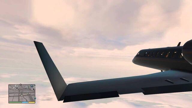 File:Flying luxor GtaV.jpg