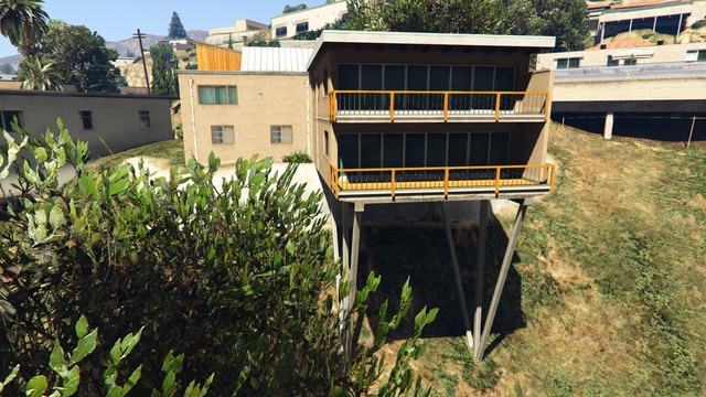 File:2862HillcrestAvenue-RearView-GTAO.png