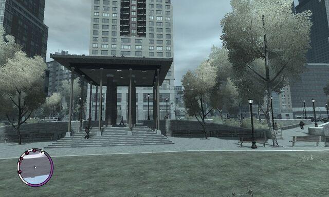 File:CastleGardenCity-GTAIV-FourPillarStructure.jpg