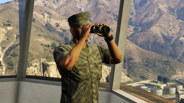 File:BinocularsMilitary-GTAV.jpg