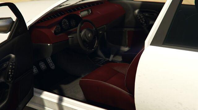 File:Cognoscenti55-GTAO-Inside.jpg