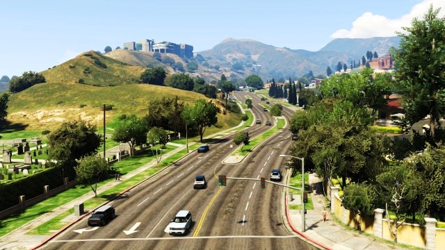 File:NorthRockfordDrive-GTAV-NorthView.jpg