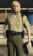 PoliceOfficer-GTAV-FemaleBlonde
