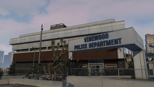 File:LSPD Vinewood Station 3 - GTA V.jpg