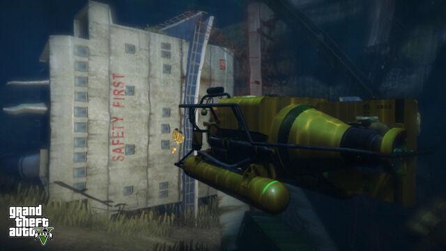 File:Submarine-Cargo-Ship-GTA-V.jpg