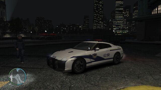 File:GTAIV中国警车GTR R35-front.jpg