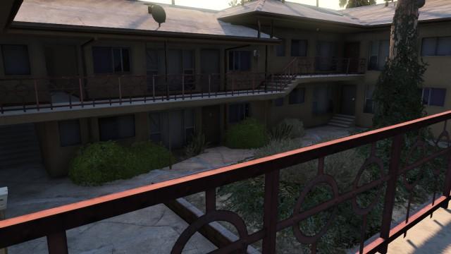 File:The Tahitian GTAV courtyard.jpg