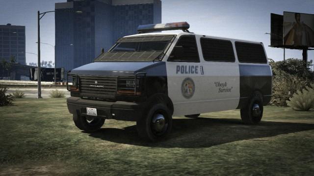 File:PoliceTransporter-GTAV-FrontRear.jpg