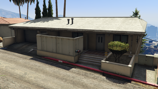 File:3677WhispymoundDrive-FrontView-GTAO.png