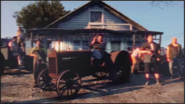 File:Tractor-GTAV-PisswasserCommercial.png