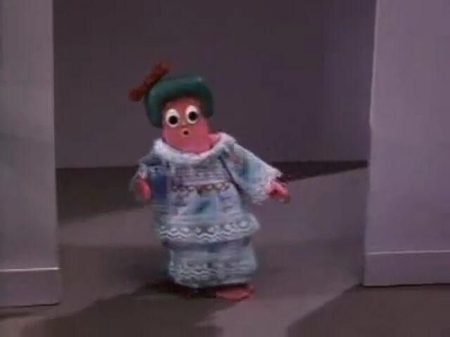 File:Minga in her Pajamas.jpg