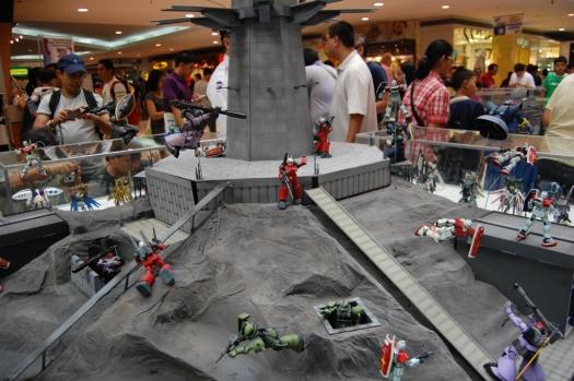File:2009-A-Bao-A-Qu-Diorama-Mechapinoy-525-1.jpg