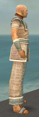 File:Monk Woven Armor M gray side.jpg