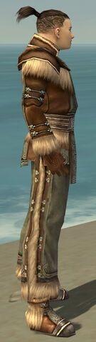 File:Monk Norn Armor M gray side.jpg