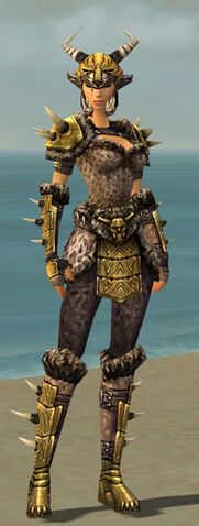 File:Warrior Elite Charr Hide Armor F dyed front.jpg