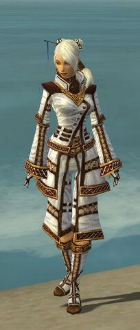 File:Monk Elite Kurzick Armor F dyed front.jpg